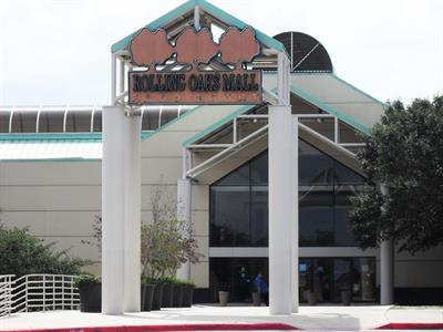 About Rolling Oaks Mall   Our San Antonio, TX Shopping Venue